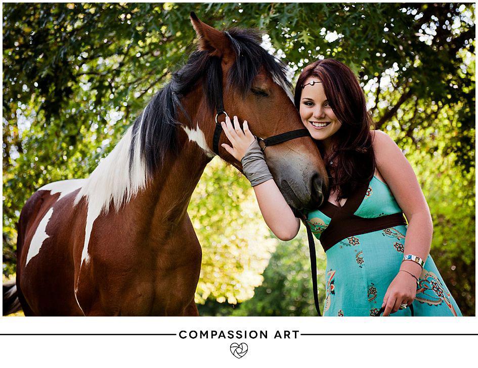 horse-senior-year-girl.jpg