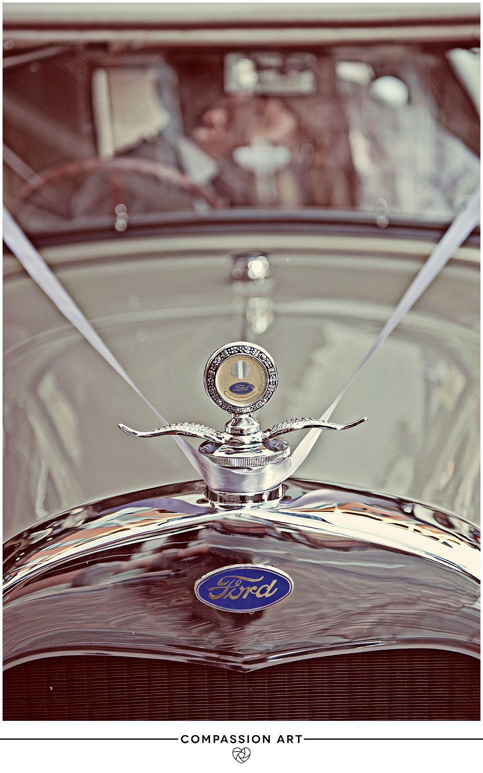 vintage-car-wedding-shoot.jpg